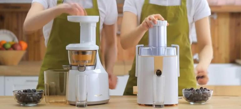 La différence entre un presse-agrumes, une centrifugeuse et un extracteur de jus